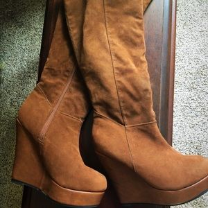 Brand new brown wedge high boots